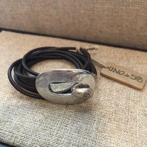 Uno de 50 Leather wrap bracelet